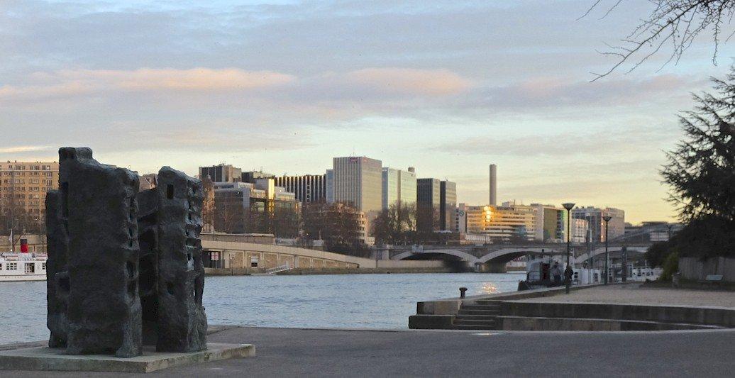 Paris vit sa vie 2 at argonne expat ofeeldutemps for Le jardin tino rossi